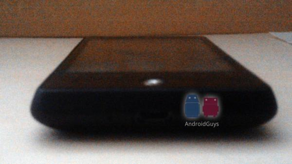 Leaked photos and specs of an affordable Android 2.1 phone, possibly the HTC Aris