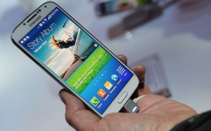 samsung galaxy s4 to feature samsung knox